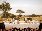 Dunia-Camp-outdoor-dining-table-setting-Eliza-Deacon-HR