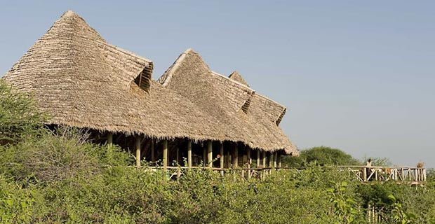 01-lake-burunge-main-building-800