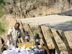 Serengeti-Pioneer-Camp---breakfast-tent