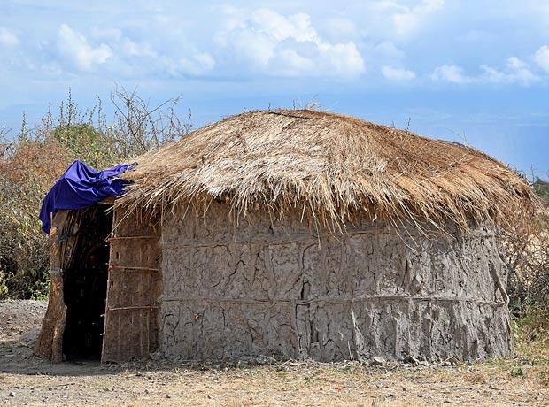 Maasai Huts Who Builds Them And How Tanzaniaexperience. Wiring. Diagram Of A House A Manyatta At Scoala.co